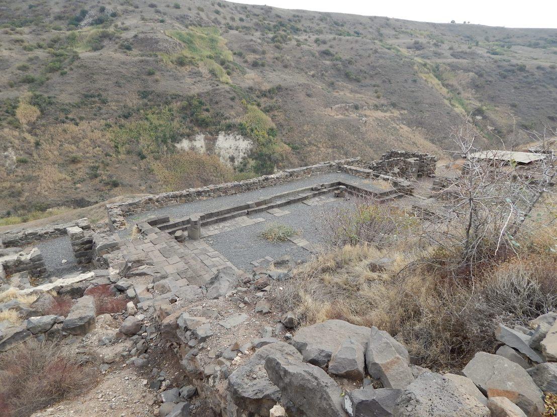 synagogue_at_gamla.JPG